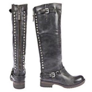Steve Madden Lewisvil Distressed Studded Boots